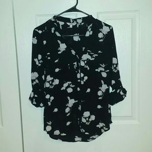 NWOT Candie's button down blouse size Small